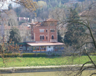 Saint-denis-school